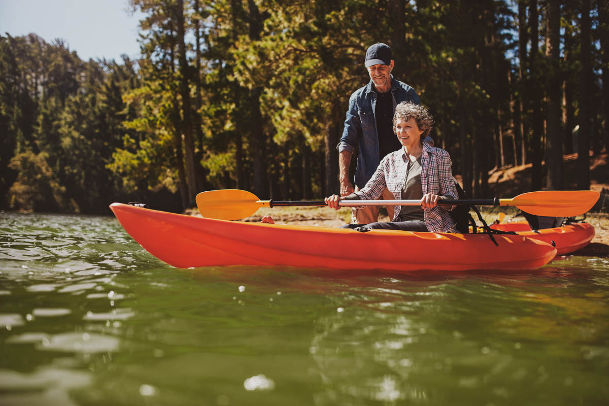Learn How to Kayak with These Helpful Tips and Tricks
